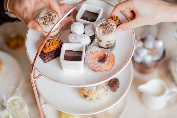 fathers day 2019, fathers day 2019 mayfair hotel, chocolate afternoon tea